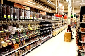 8 Ways to Date Your Grocery Store